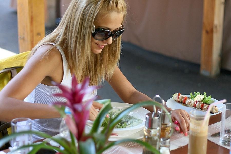 ресторант Фантазия Овча Купел предлага достъпна качествена храна