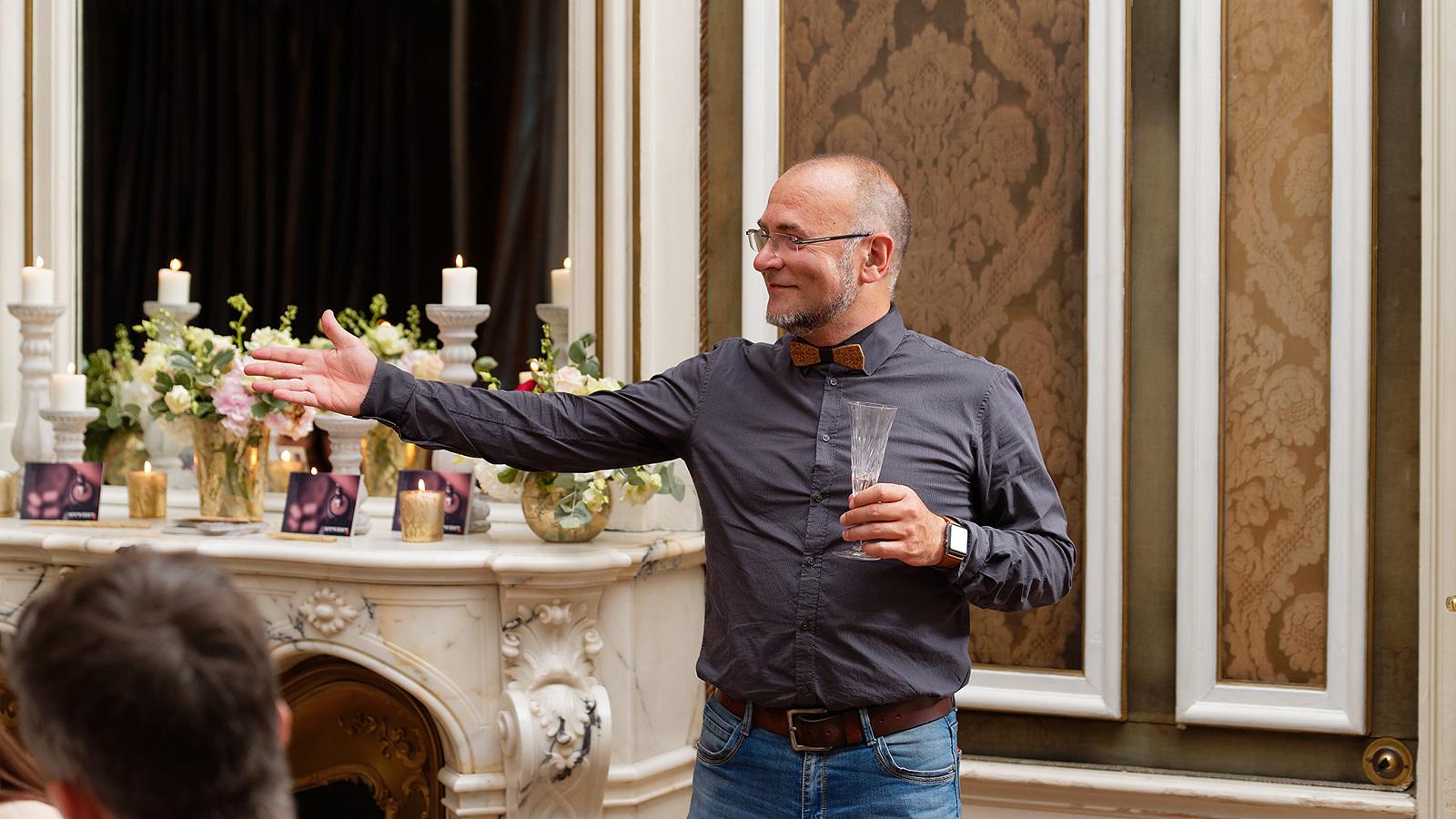 Ники Коев и кулинарния театър на петте сетива